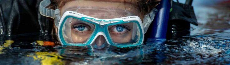 Passion fra første indånding – Juniorer tager dykkercertifikat på ferien